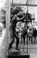 Скульптура фотографа на проспекте Мира